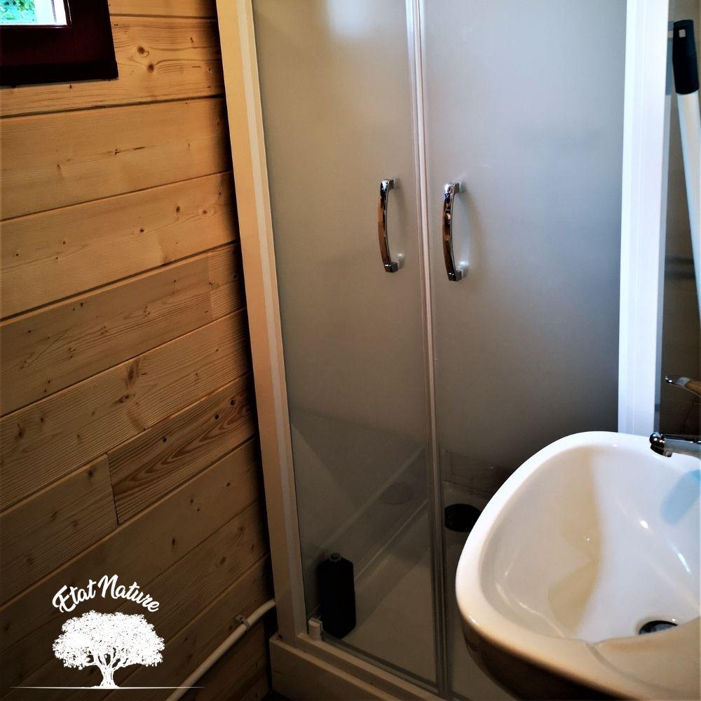 Roulotte avec douche pour location toutes saisons - Etat Nature Lorraine